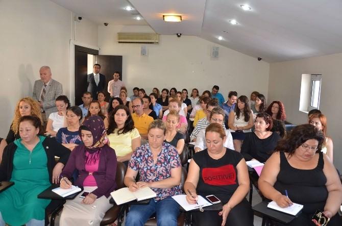 Kuşadası'nda Belediye Personeline Resmi Yazışma Eğitimi