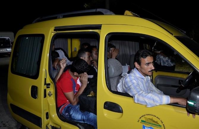 Taksiden 8 Mülteci Çıktı