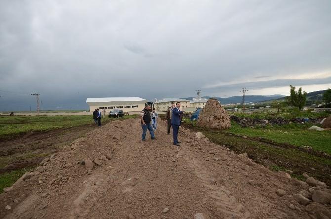 Sarıkamış'ta Yol Ve Alt Yapı Çalışmaları Devam Ediyor