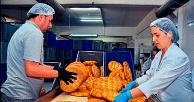 Kent Ekmek'te 300 gram pide 1 lira