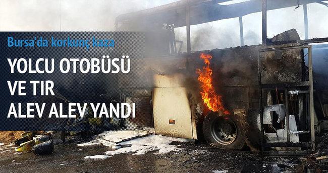 Bursa'da TIR yolcu otobüsüne çarptı: 1 ölü, 26 yaralı
