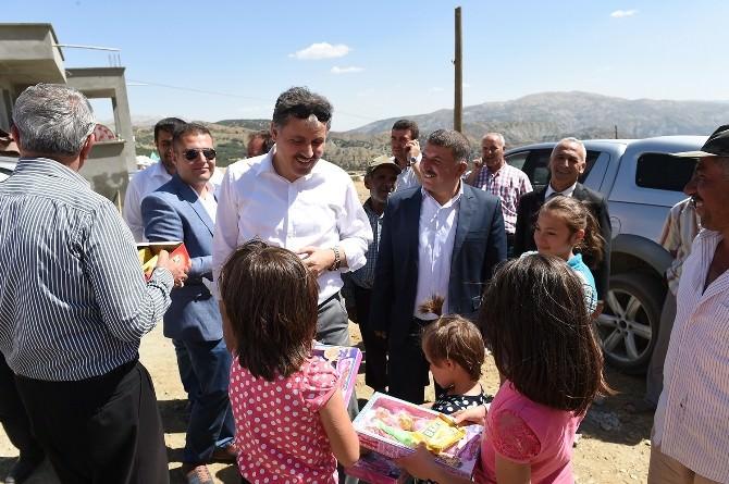Başkan Çakır, Heyelan Bölgesinde İncelemelerde Bulundu