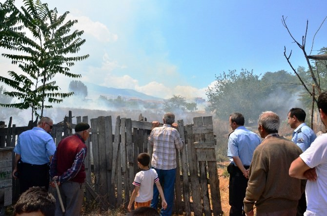 Malatya'da Anız Yangını Korkuttu