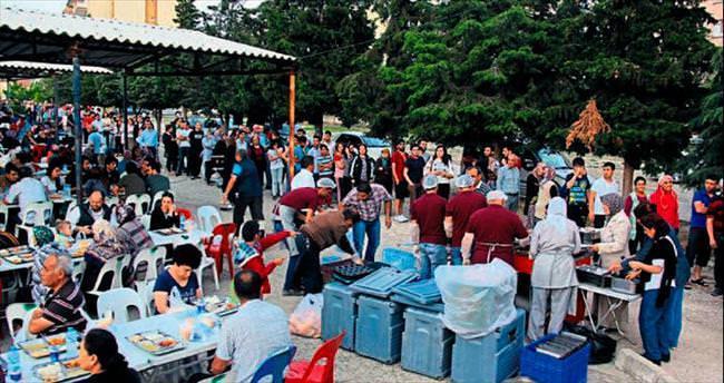 Burdur'da gönül sofrası