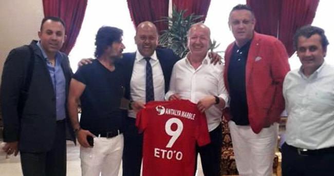 Antalya'da Eto'o forması hazır