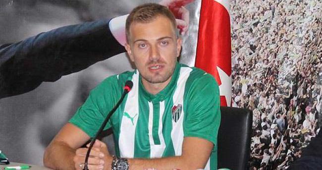 Mert Günok'tan, Bursaspor'a 3 yıllık imza