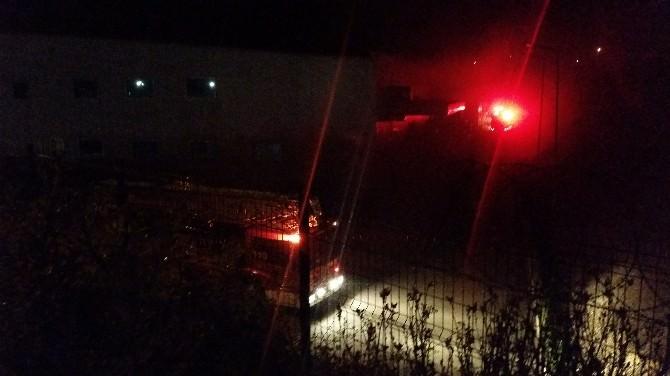 Bolu'da Dev Fabrikada Çıkan Yangın Korkuttu
