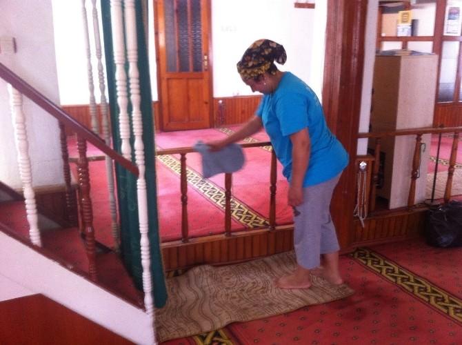Süleymanpaşa Belediyesi Camilerde Temizlik Çalışması Başlattı