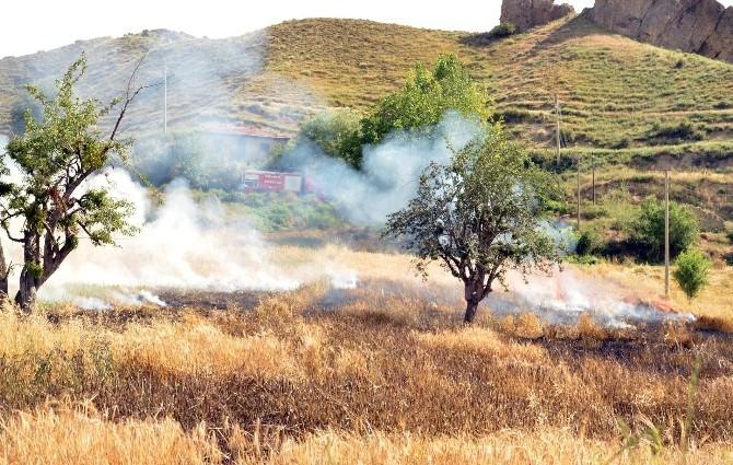Osmancık'ta Arpa Tarlası Yandı