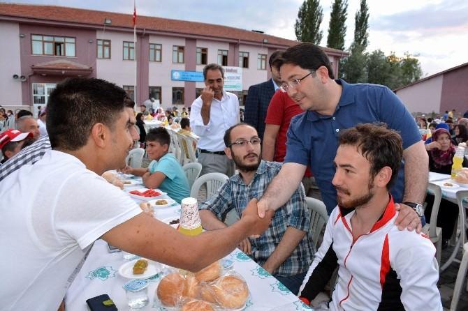 Aksaray Belediyesi'nin Geleneksel Mahalle İftarları Başladı
