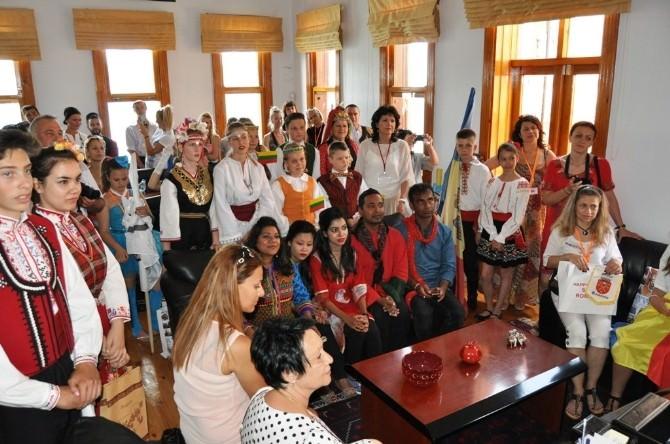 Yabancı Konuklar Başkan Gençer'i Ziyaret Etti