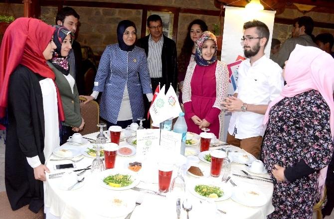 Meram Gençlik Meclisi Üyeleri İftarda Buluştu