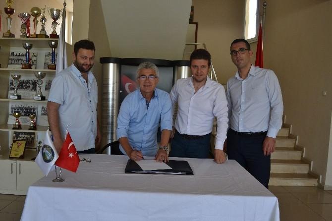 Salihli Belediyespor Nihat Umut İle Anlaştı