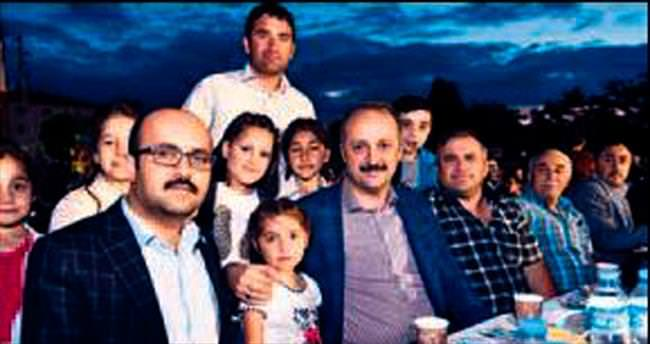 Akgül iftar sofrasında vatandaşları dinledi