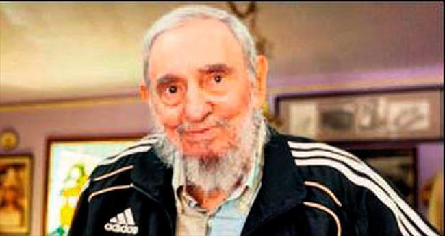 Castro yine objektifler karşısında