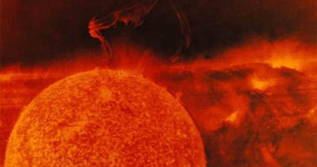 Güneş'te dev patlama: Radyasyon Dünya'ya ulaştı