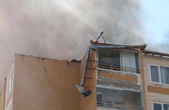 10 Katlı Binada Çıkan Yangın Korkuttu