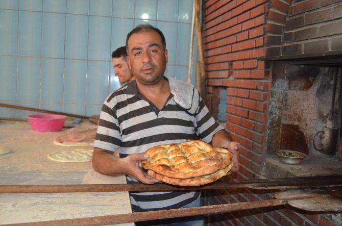 Silvanlılar Ramazan Pidesine Yoğun İlgi Gösteriyor