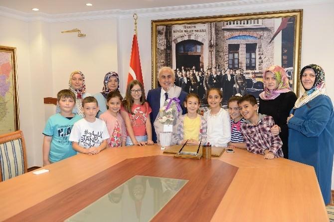 Hayat Boyu Eğitim Derneği Üyeleri, Edirne Valisi Şahin'i Ziyaret Etti