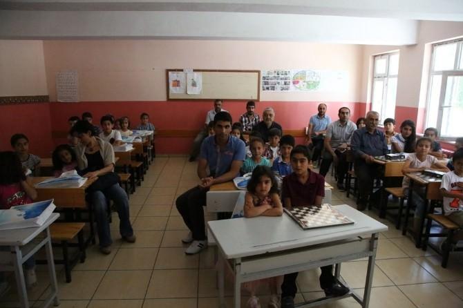 İpekyolu Belediyesi'nden Çevreye Duyarlı Öğrencilere Ödül