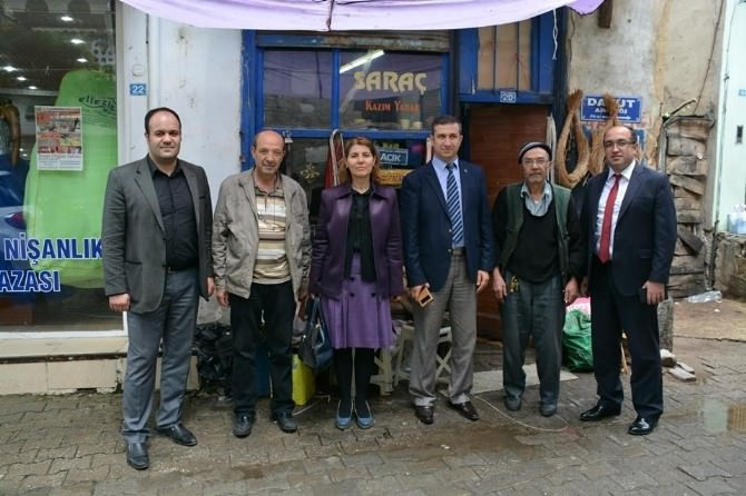 Sandıklı'da Kaybolmaya Yüz Tutmuş Mesleklerden Bakırcı Ve Saraç Ustalarına Ziyaret