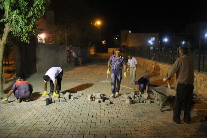 Silvan'da Parke Taşları Gece Döşeniyor