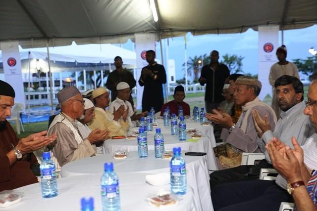 Surinam'ın Başkenti Paramaribo'da İftar Programı Düzenlendi