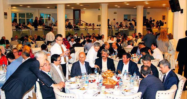 Yüzlerce Bolulu birlikte iftar yaptı