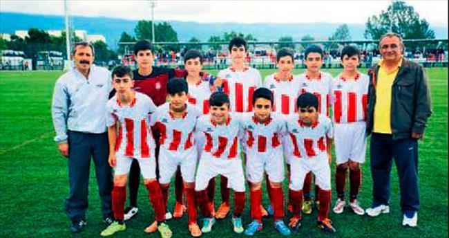 U-13 Türkiye şampiyonluğu yolunda