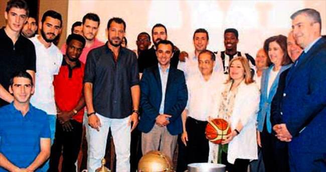 Pınar Holding'ten şampiyona yemek