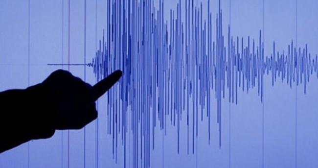 Van'da deprem paniği