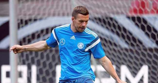 Galatasaray, Podolski'yi bitiriyor