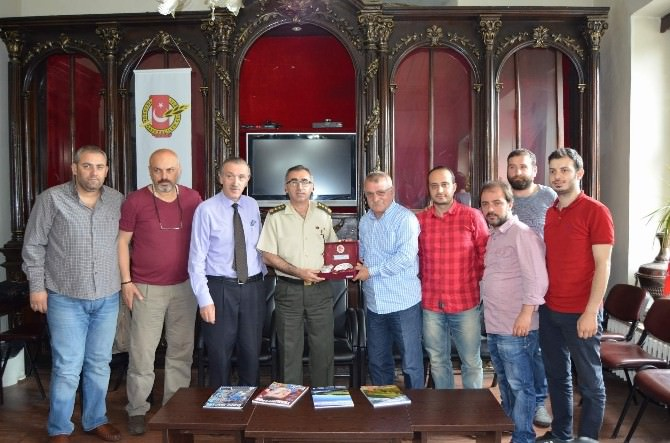 Trabzon İl Jandarma Alay Komutanı Aras Basınla Vedalaştı