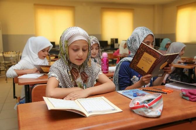 Şehitkamil'de Binlerce Öğrenci Kur'an-ı Kerim Öğreniyor