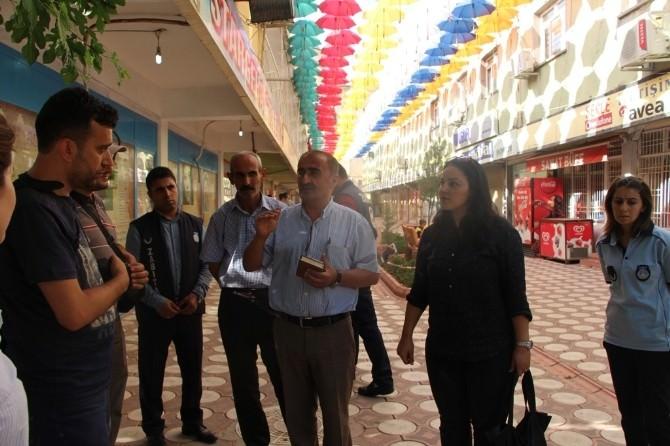 Silopi'de Sanat Sokağı Şemsiyeler İle Süslendi