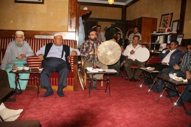 Yozgat Bilal Şahin Külliyesinde Teravih Sonrası Dini Sohbet Programı Yoğun İlgi Görüyor