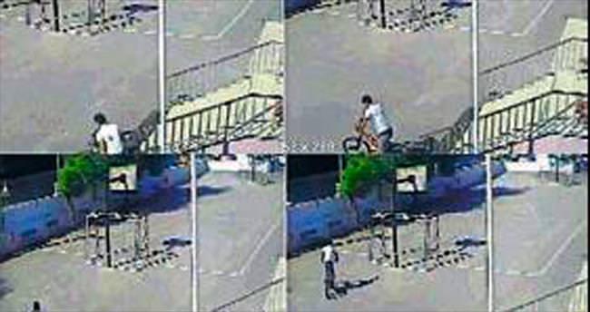 Bisikleti 15 saniyede çaldı