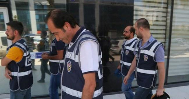 İzmir'de ''Paralel yapı'' operasyonu