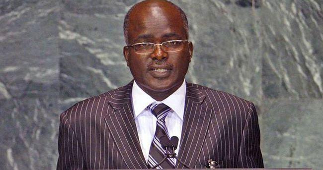 Burundi Başkan yardımcısı ülkeyi terketti