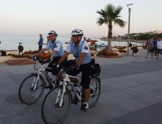 Didim Yalı Caddesi Bisikletli Polislere Emanet