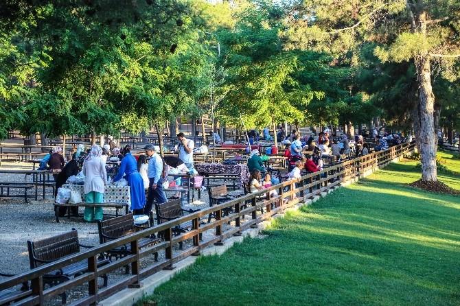 Gaziantepliler İftarı Dülük Tabiat Parkında Yapıyor
