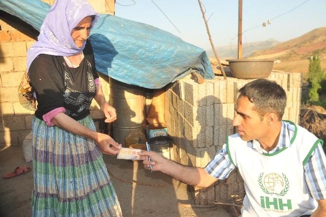 İHH Şırnak'ta 150 Aileye Ramazan Kumanyası Dağıttı