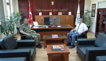Albay Aksoy'dan, Ali Selvi'ye Veda Ziyareti