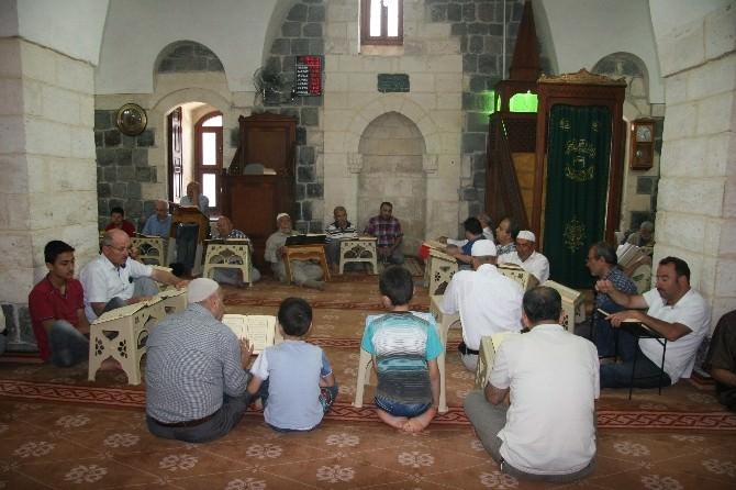 Kilis'te Mukabele Geleneği Sürüyor
