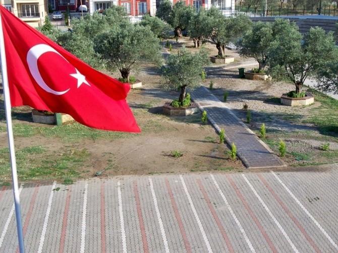 Salih Korkut Budras Fen Lisesinde Amfi Tiyatro Ve Yeni Bahçe Düzenlemesi Yapıldı