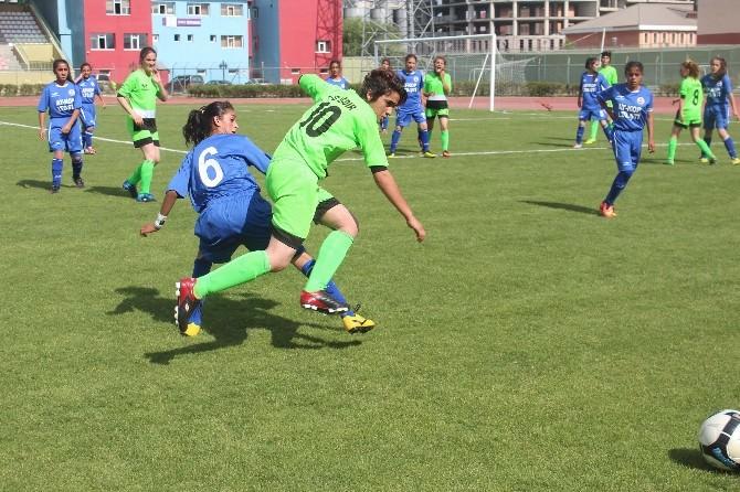 Yıldız Kızlar Türkiye Futbol Şampiyonası Başladı
