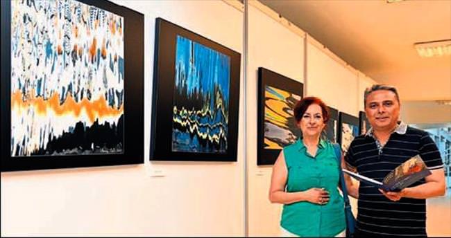 Çevik'in Yansıma Fotoğrafı sergisi
