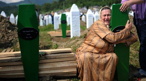 Srebrenitsa mağdurlarına tazminat