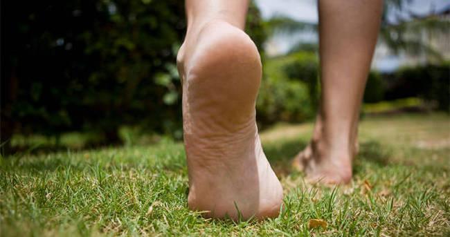 Yalın ayak yürümeyin!