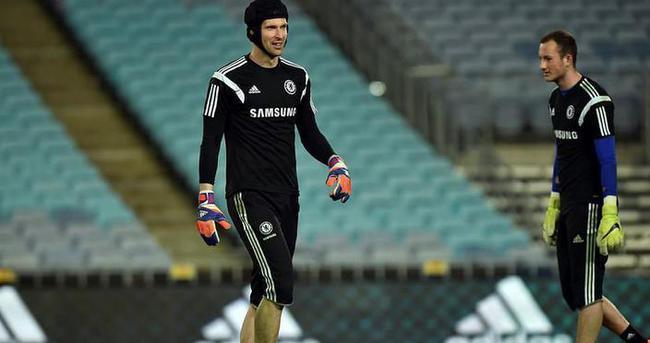 Arsenal, Cech ile anlaştı iddiası